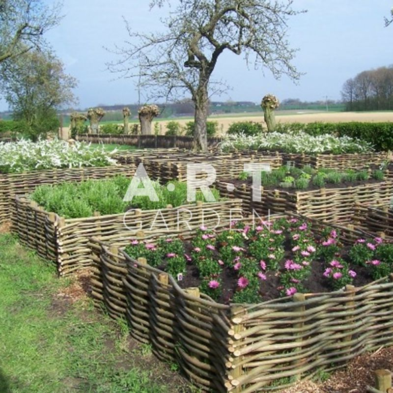 Bordure de jardin planter en noisetier tressage horizontal for Plantation jardin