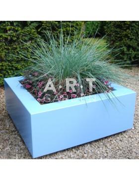 Jardinière colorée design Walfilii Celesta pour votre jardin en acier laqué