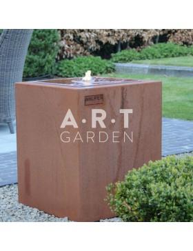 Table d'eau design Walfilii look industriel pour votre jardin en acier corten