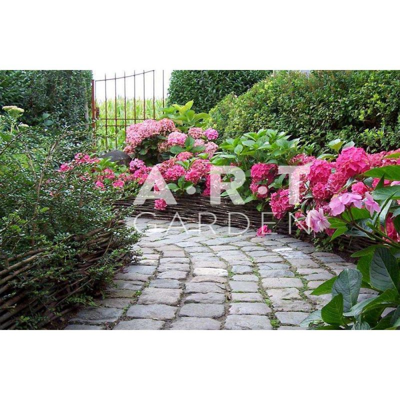 Bordure de jardin en Noisetier tressage horizontal