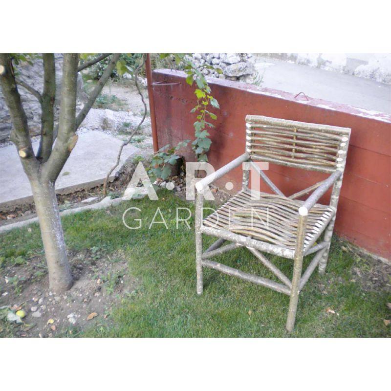 Fauteuil de jardin en bois de noisetier sans traitement - Fauteuil tresse de jardin ...