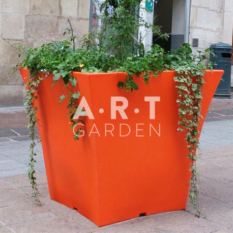 Pot design Atech Gal'b Orange Signalisation rue piétonne