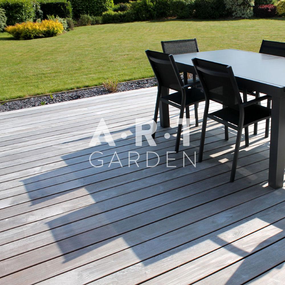comment construire votre terrasse en bois art garden. Black Bedroom Furniture Sets. Home Design Ideas
