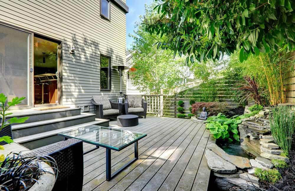 Plot terrasse pour lambourde Jouplast pour une terrasse en bois