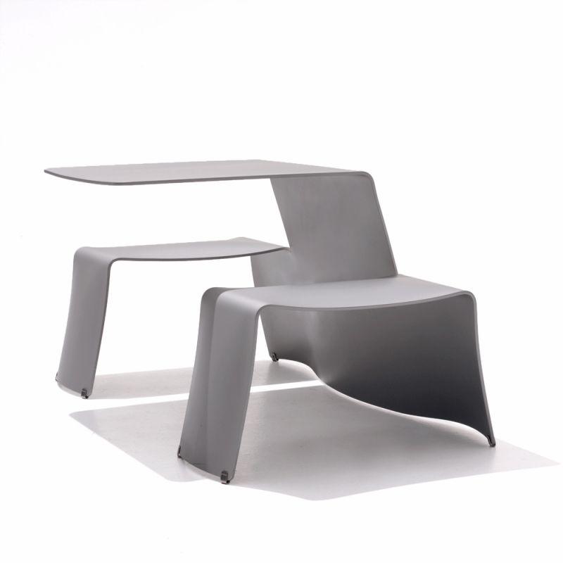 table design extremis pour terrasse exterieure et interieur. Black Bedroom Furniture Sets. Home Design Ideas