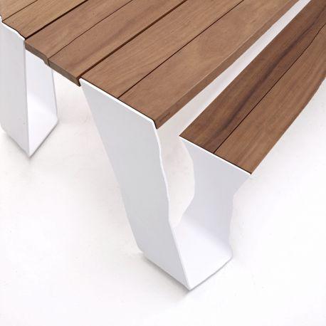 TABLE EXTÉRIEUR DESIGN HOPPER EXTREMIS