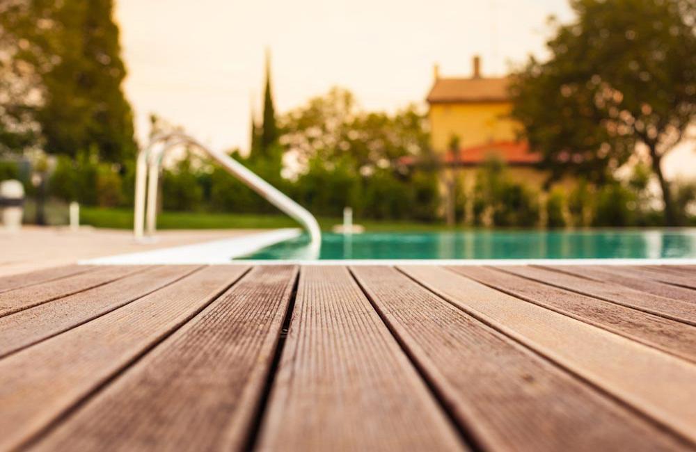 Plot Terrasse Composite Reglable 80 140 Mm Pas Cher Art Garden Fr