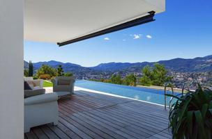 sublime terrasse et piscine